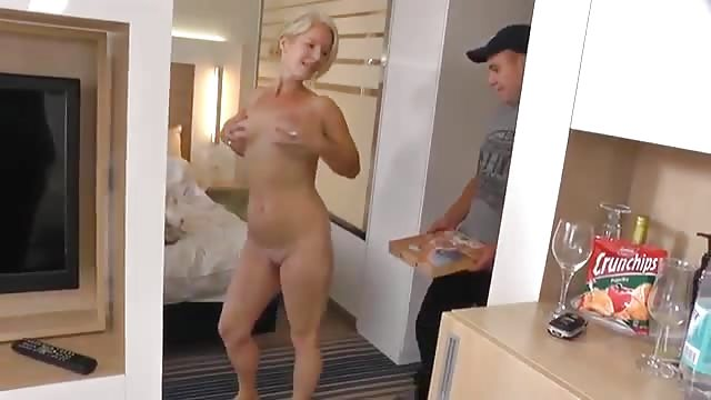 Milf Young Guy Homemade