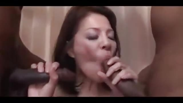Japonia mamuśki seks filmy facet sprawia, że dziewczyna tryska