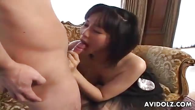Swallowing large cock