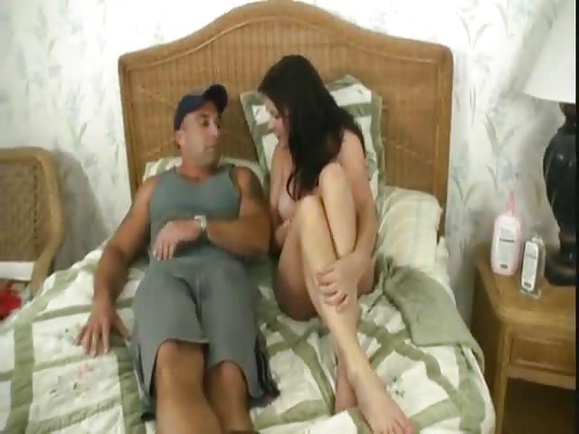 Mężczyzna lizanie cipki porno