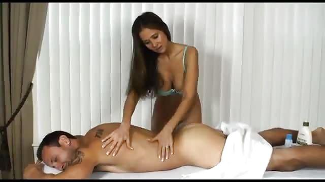 tjilpen sensuele massage pik sucker