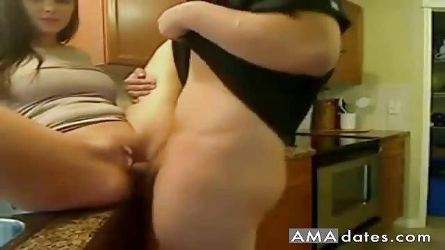 Emo lesbian girl squirt