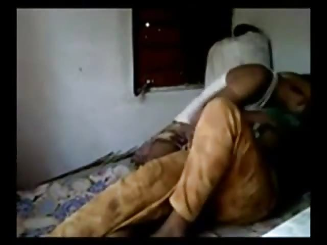 Indian amateur couple on bedroom camera messing around