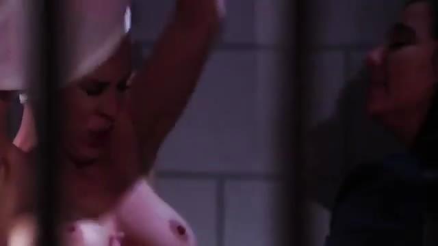 lesbiennes prison porno