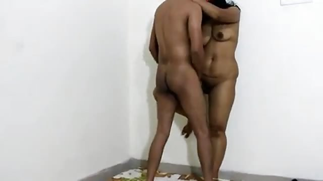 Indian Slut Likes To Fuck Standing Up Against The Wall