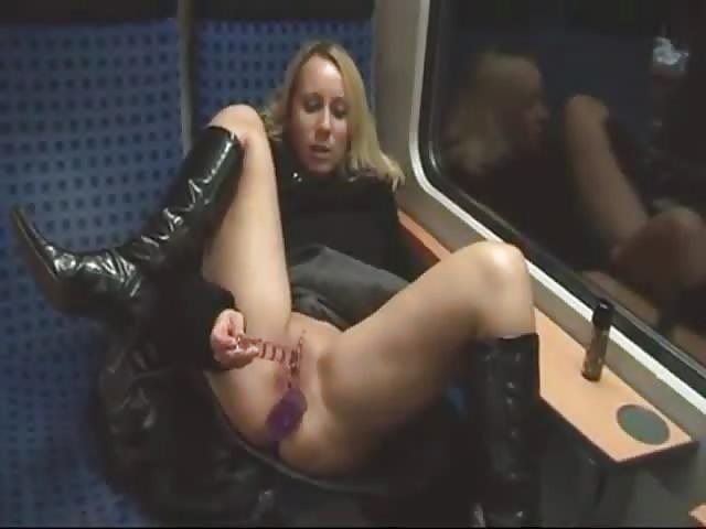 Solo Blonde Milf Masturbation