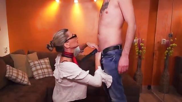 Czarny seks z dużą dupą