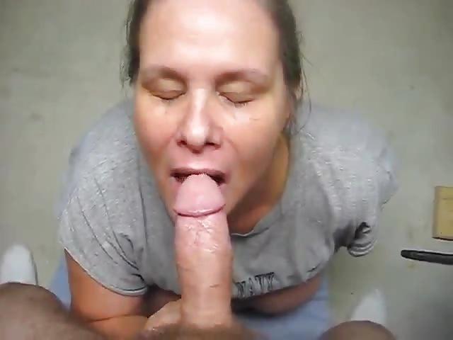 Beautiful Girl Gives Blowjob