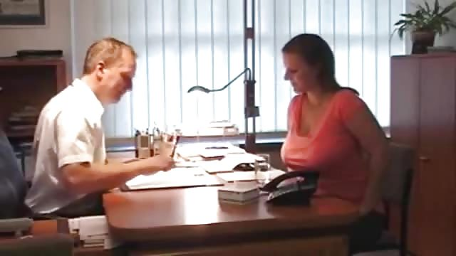sexo en la oficina acompañantes tetonas