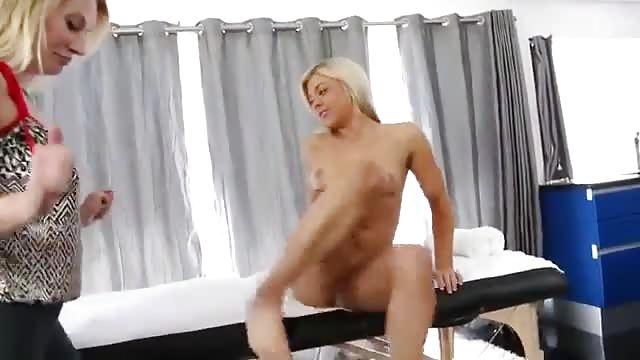 Seks xxx lesbijki