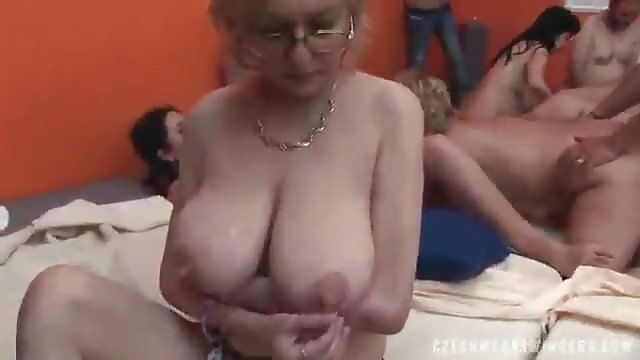 Amateur Große Titten Swinger