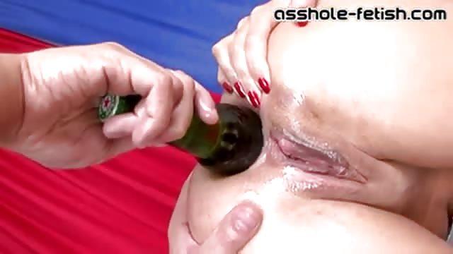 Abriendole el culo a mi nueva amiga gape ass squirt - 1 part 9