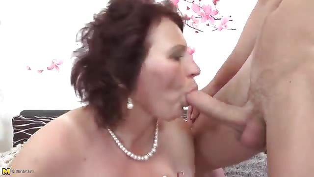 Poppe mamma sesso