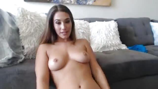 Sexy Girl Doing A Cam Show Pornjam Com