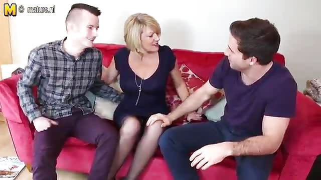 Mature takes 3 cocks