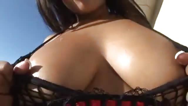 Hot ebony chick gets fucked