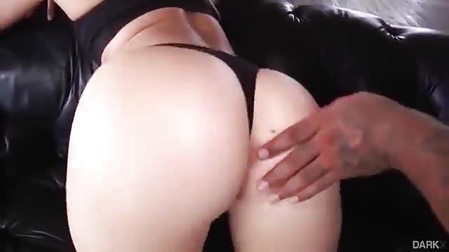 J'aime la queue noire porno grosses femmes ayant des vidéos de sexe