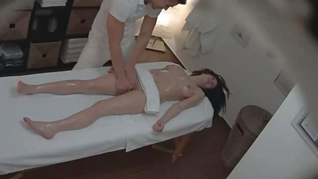 Amator masażu porno