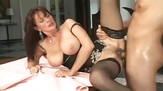 Thai ladyboy worships the big dick and enjoys it in gazoo