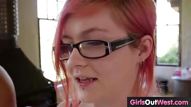 Lesbienne amateur gode ceinture-4460