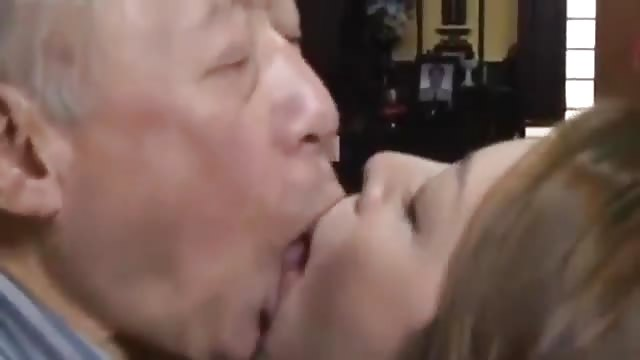 Japanese Old Man Eating Pussy